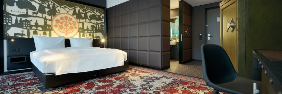 Surface fascination in switzerland space international for International decor surfaces