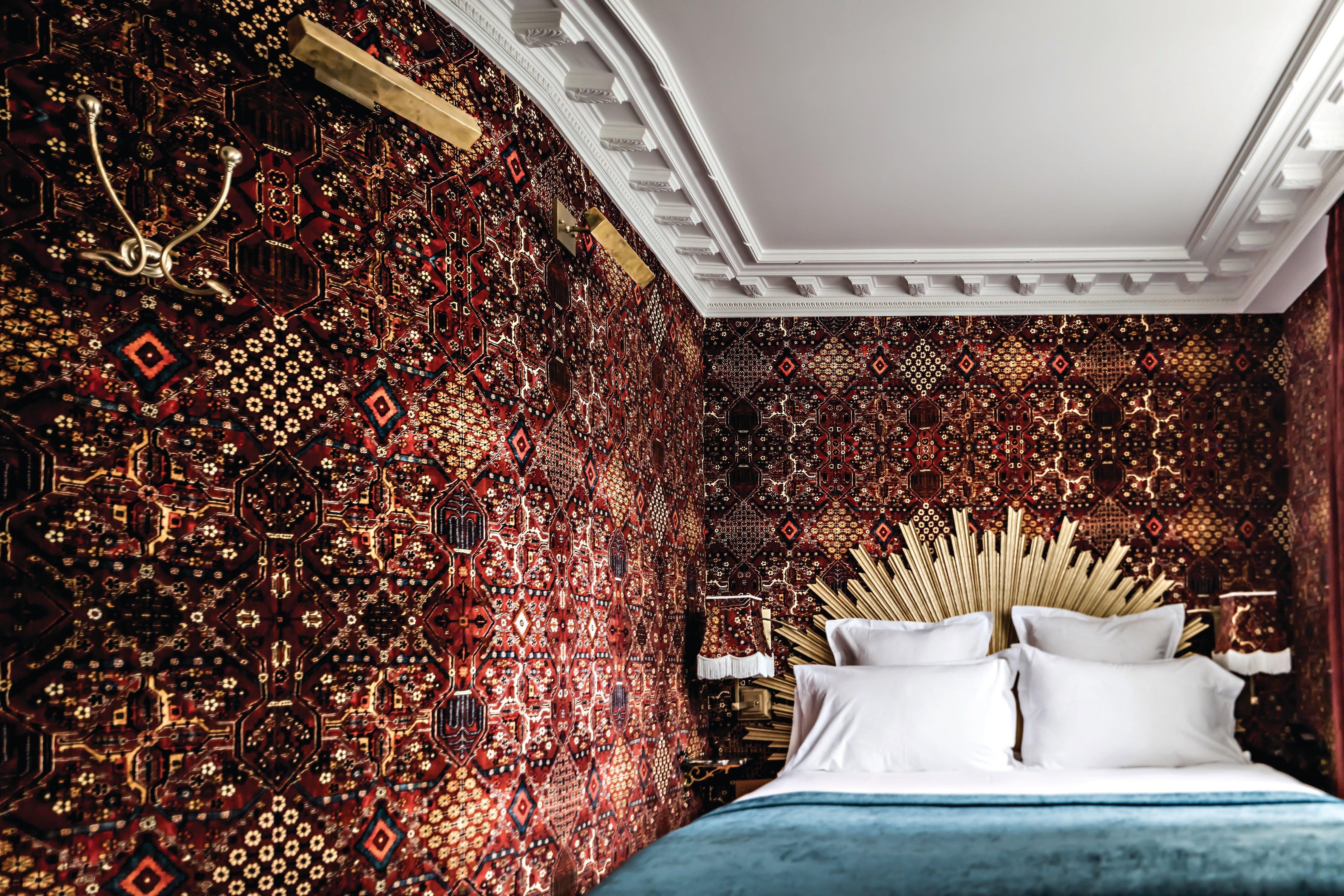 Rouge Dans Une Chambre hotel providence - benoit linero - chambre rouge (3) - space